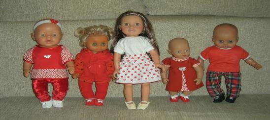 Piros ruhák
