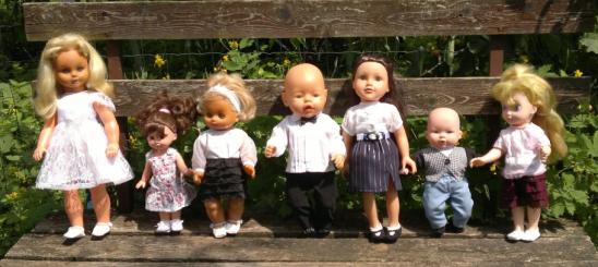 Alkalmi játékbaba ruhák