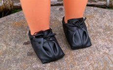 Fűzős félcipő játékbaba lábra